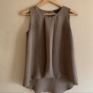 Sami & Jo Linen sleeveless blouse